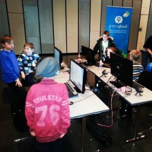 Kids hacking RasberryPi and GreenQloud